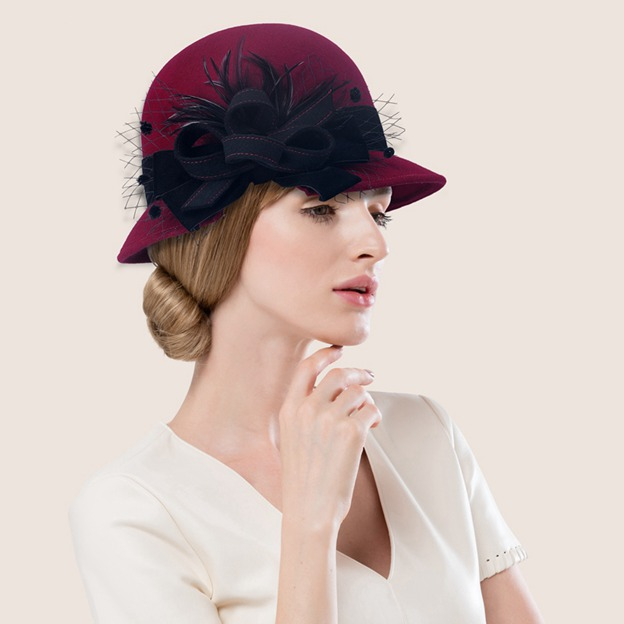 Ladies' Elegant/Classic Wool Bowler/Cloche Hats/Tea Party Hats With Bowknot Feather Tulle