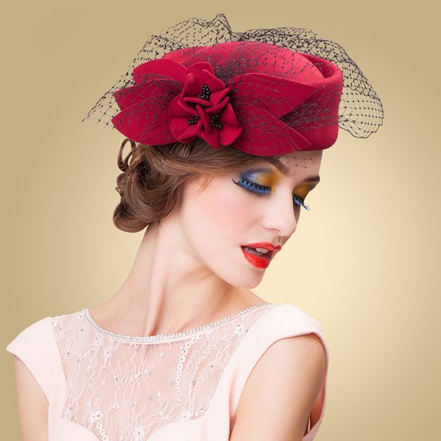 Ladies' Pretty/Beautiful Wool Bowler/Cloche Hats/Tea Party Hats With Flower Tulle Imitation Pearls