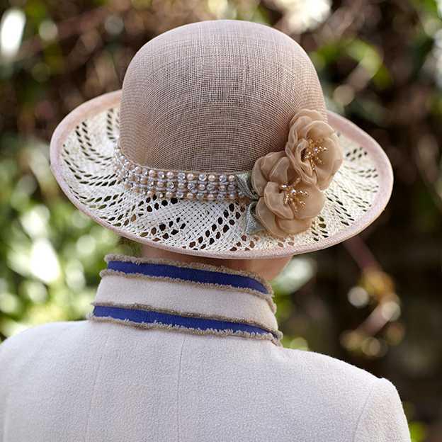Ladies' Beautiful/Nice Linen Wheat Straw Straw Hats/Beach/Sun Hats With Imitation Pearls Flower