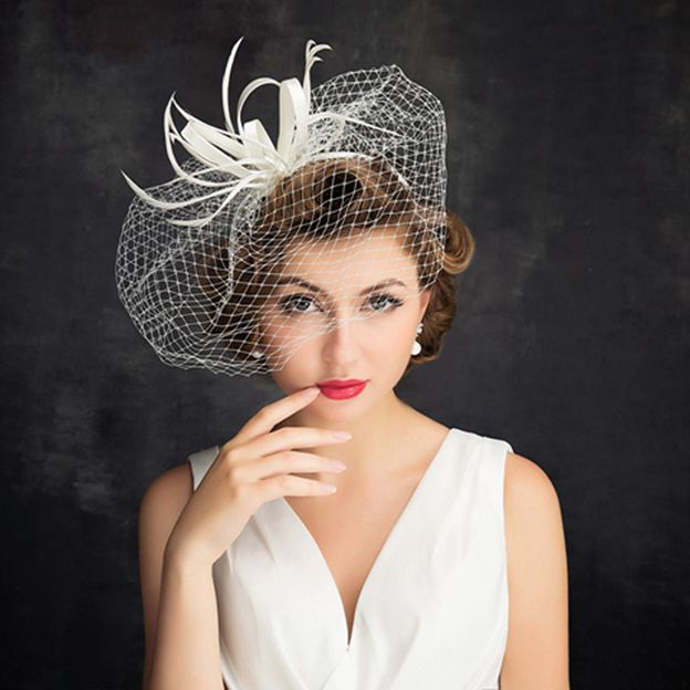 Ladies' Beautiful/Elegant Net Yarn Fascinators With Feather