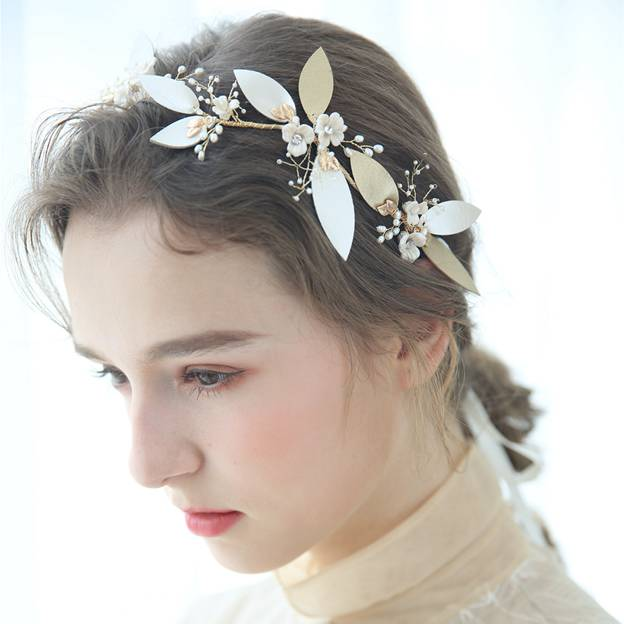Ladies Alloy/Freshwater Pearl/Leatherette With Flower Headbands