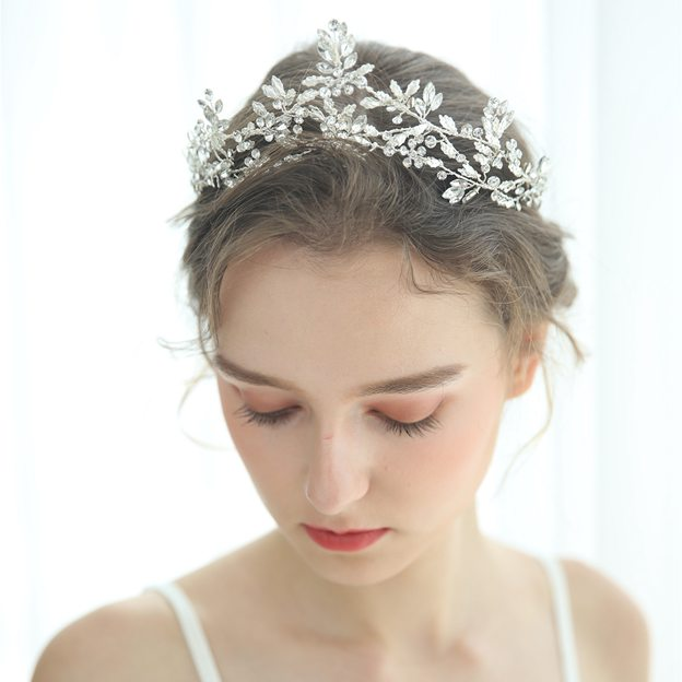 Ladies Crystal/Rhinestone With Flower/Rhinestone/Crystal Tiaras