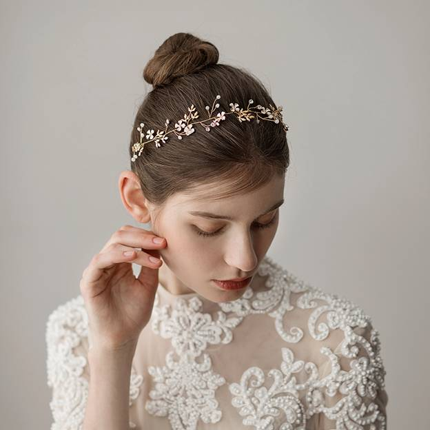 Ladies Beautiful/Elegant Alloy With Flower/Shell Rhinestone Headbands (Sold in single piece)