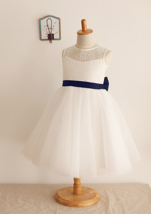 A-line/Princess Knee-Length Scoop Neck Lace/Tulle Flower Girl Dress With Bowknot