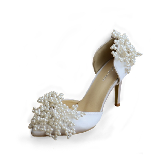 Women's PU With Imitation Pearl Close Toe Heels Wedding Shoes