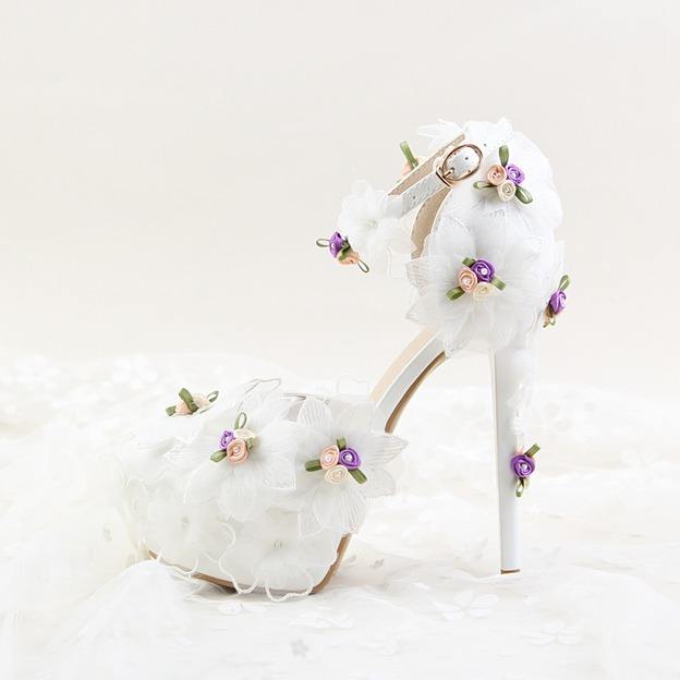 Women's PU With Flowers/Ankle Strap Close Toe Heels Shoes