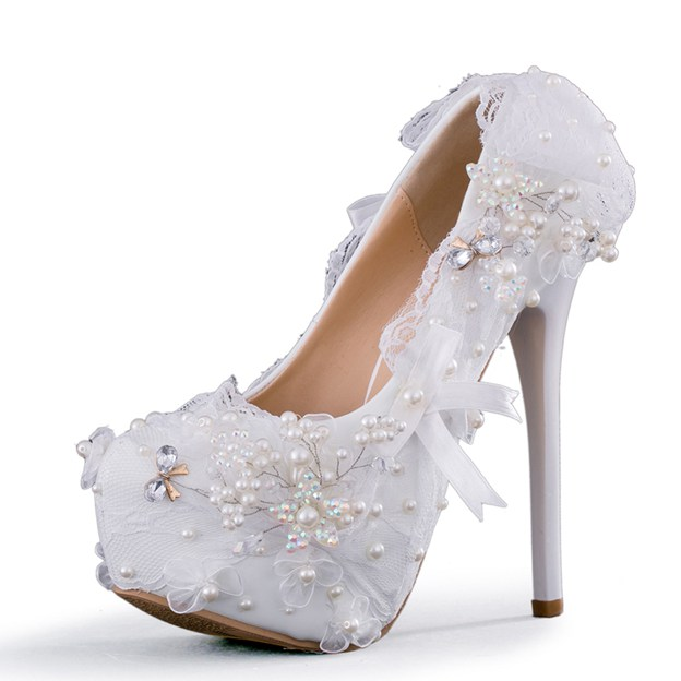 Women's PU With Imitation Pearl/Bowknot/Appliqued Close Toe Heels Shoes