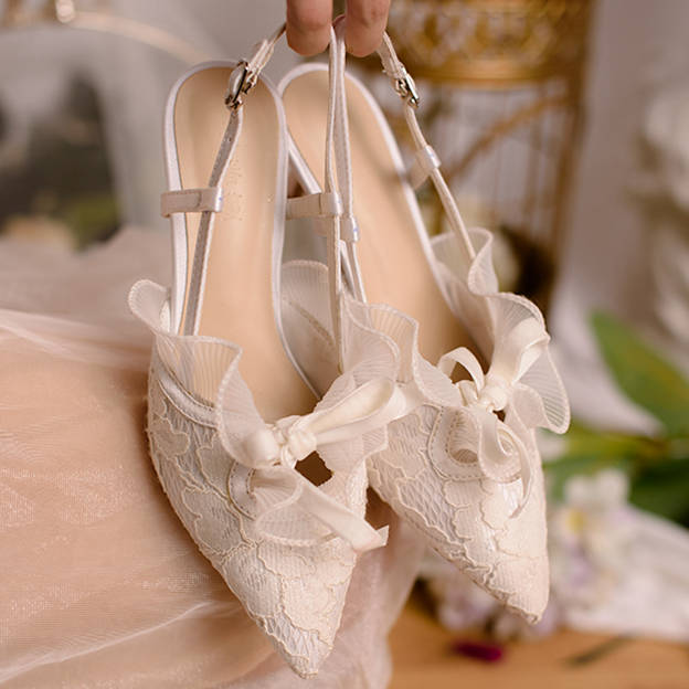 Women's Lace With Buckle Heels Pumps Wedding Shoes