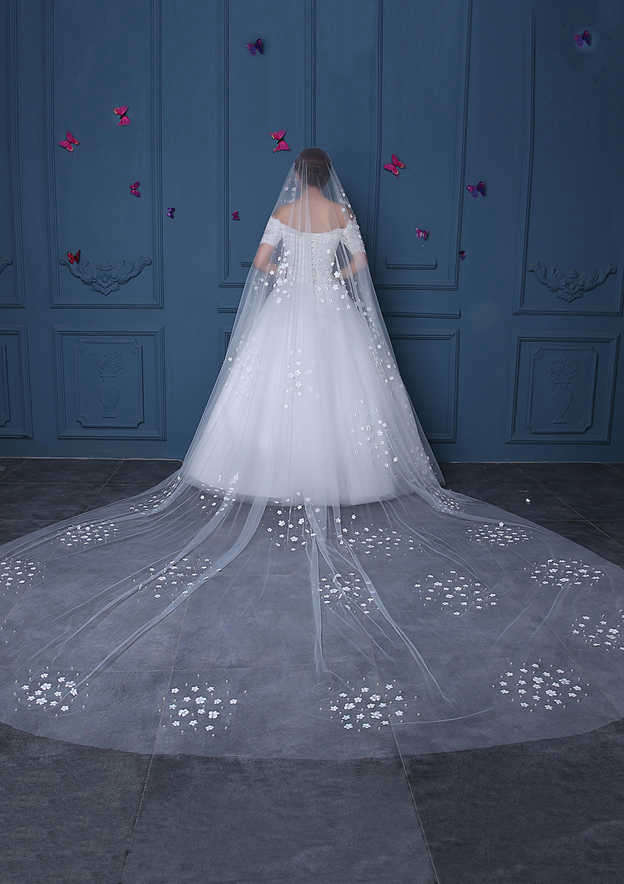 One-tier Tulle Cathedral Bridal Veils With Faux Pearl/Flower