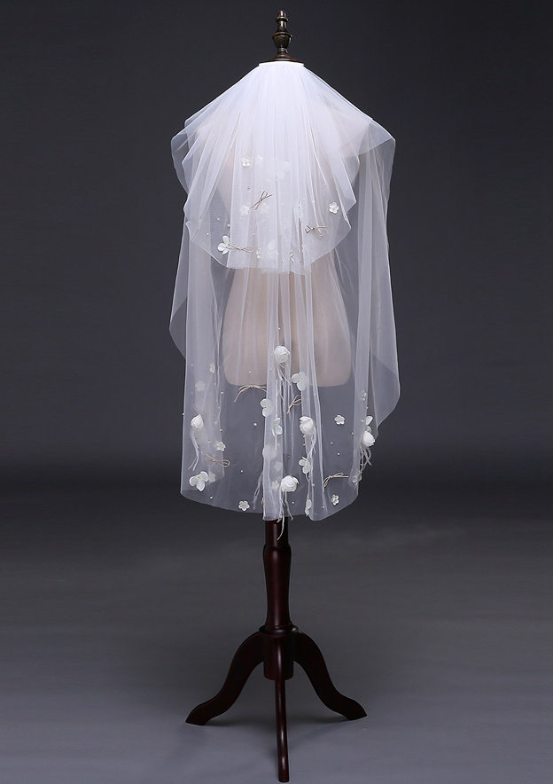Two-tier Tulle Fingertip Bridal Veils With Bowknot/Flower