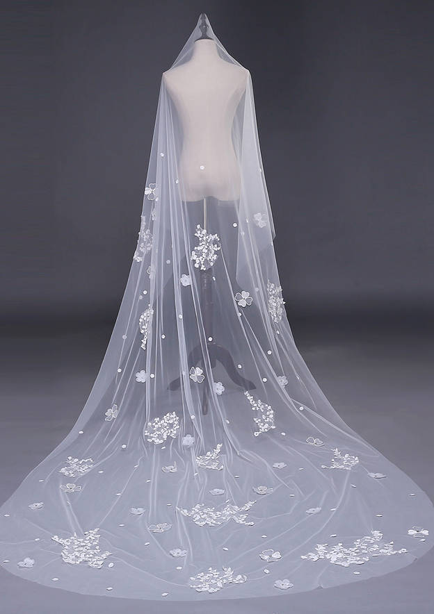 One-tier Tulle Cathedral Bridal Veils With Applique/Lace
