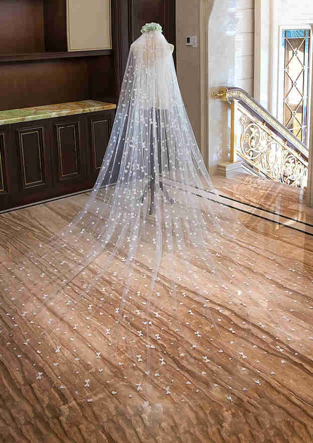 One-tier Tulle Cathedral Bridal Veils With Petal