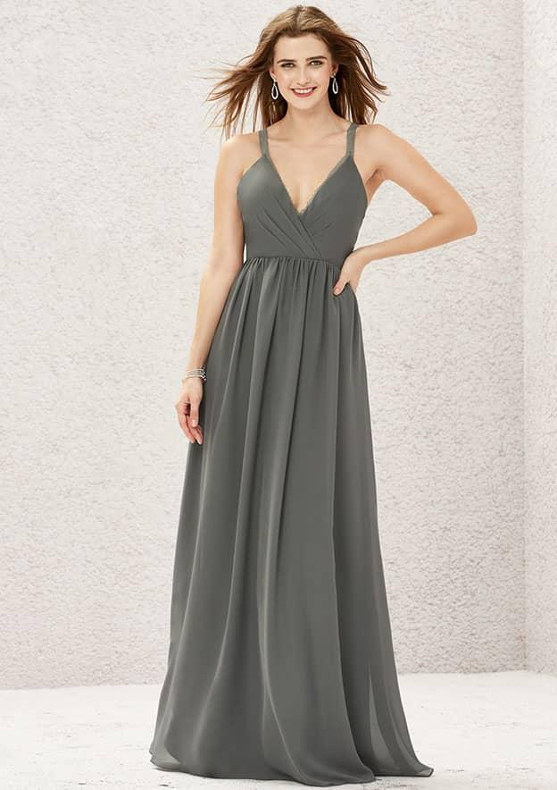 A-line/Princess Sleeveless Long/Floor-Length Chiffon Bridesmaid Dress With Pleated/Lace