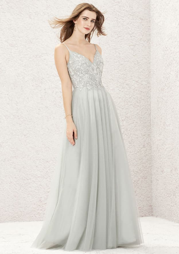 A-line/Princess Sleeveless Long/Floor-Length Tulle Bridesmaid Dresses With Pleated/Appliqued